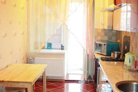 Сдается 1-комнатная квартира посуточнов Казани, Курская 25.