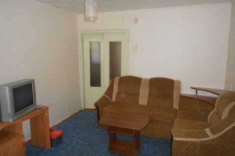 Сдается 1-комнатная квартира посуточно в Миассе, ул. Степана Разина, 4.