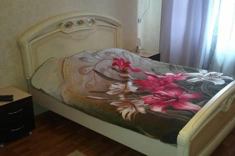 Сдается 1-комнатная квартира посуточно в Волжском, проспект им Ленина, 118.