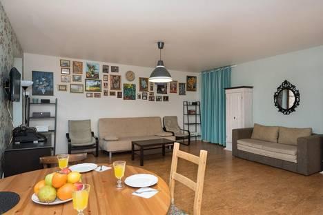 Сдается 2-комнатная квартира посуточнов Екатеринбурге, проспект Ленина, 10.