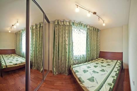 Сдается 2-комнатная квартира посуточнов Бердске, ул. Геодезическая,  5/1.