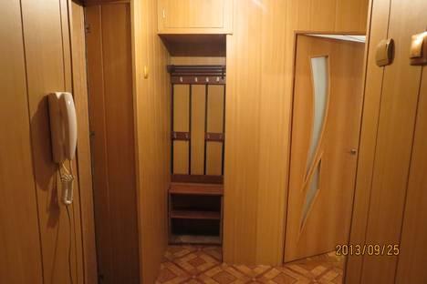 Сдается 2-комнатная квартира посуточнов Бузулуке, 4микрорайон 2дом.