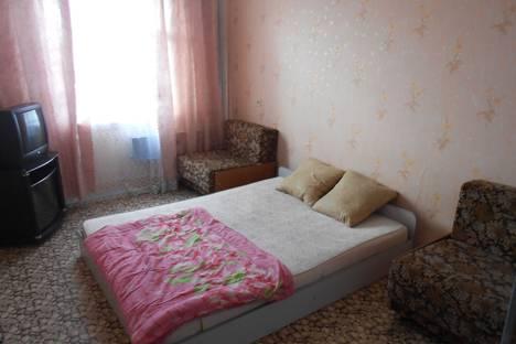 Сдается 2-комнатная квартира посуточно в Миассе, ул. Лихачева, 43.