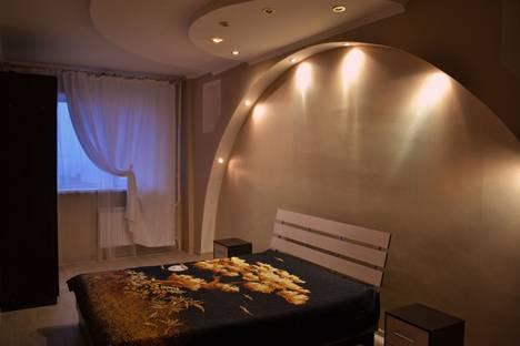 Сдается 3-комнатная квартира посуточно в Ульяновске, ул. Кирова, 6.