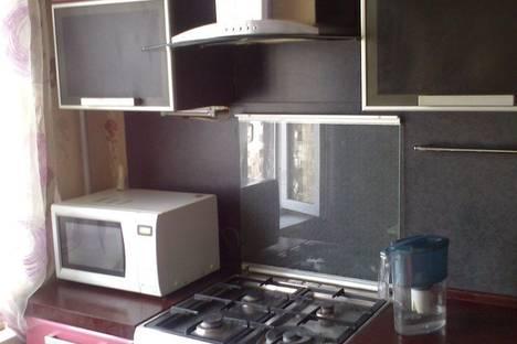 Сдается 2-комнатная квартира посуточнов Санкт-Петербурге, бул. Сиреневый д. 7к1.