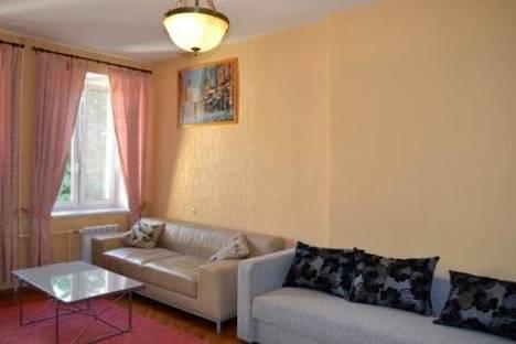 Сдается 3-комнатная квартира посуточнов Санкт-Петербурге, ул. Большая Морская, д. 33.
