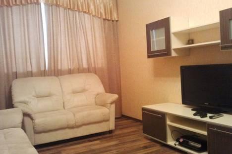 Сдается 1-комнатная квартира посуточно в Ноябрьске, ул. 8 Марта, 10.