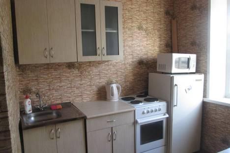 Сдается 2-комнатная квартира посуточно в Абакане, ул. Пушкина, 199.