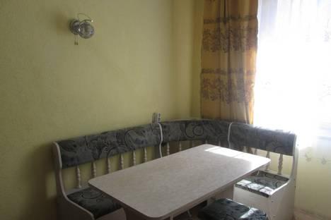 Сдается 1-комнатная квартира посуточнов Абакане, ул. Некрасова, 24б.