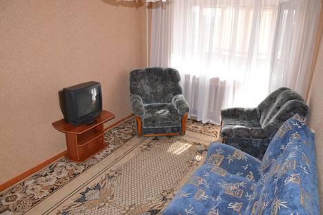 Сдается 1-комнатная квартира посуточнов Тюмени, ул. Александра Матросова, 27.