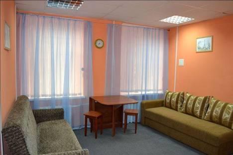 Сдается 2-комнатная квартира посуточнов Санкт-Петербурге, набережная канала Грибоедова, д. 12.