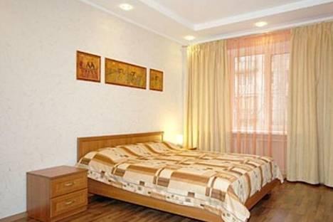 Сдается 2-комнатная квартира посуточно в Иванове, ул. Куконковых, 120.