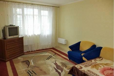 Сдается 2-комнатная квартира посуточно в Нижневартовске, ул. 60 лет Октября, д. 48.
