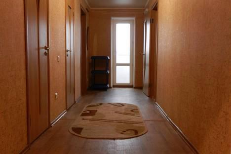 Сдается 2-комнатная квартира посуточно в Белгороде, ул. Белгородского Полка, 67.