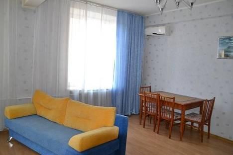 Сдается 2-комнатная квартира посуточно, проспект Ленина, 7.