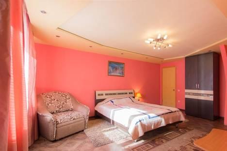 Сдается 1-комнатная квартира посуточно в Красноярске, ул. Мичурина, 1А.