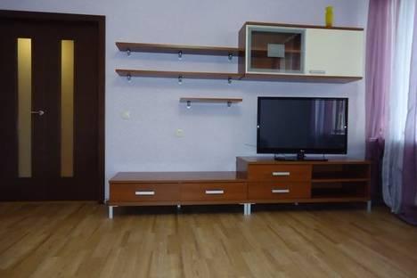 Сдается 3-комнатная квартира посуточно в Перми, ул. Лебедева, 34.