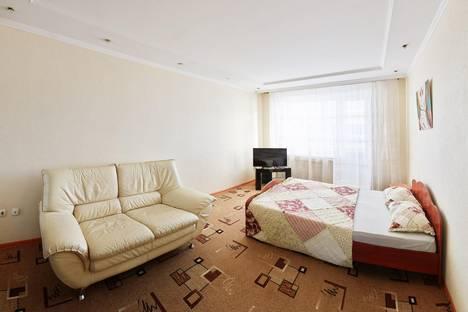 Сдается 1-комнатная квартира посуточнов Кургане, Карла Маркса 76.