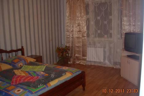 Сдается 1-комнатная квартира посуточнов Ульяновске, Новый город проспект Дружбы Народов, 1.