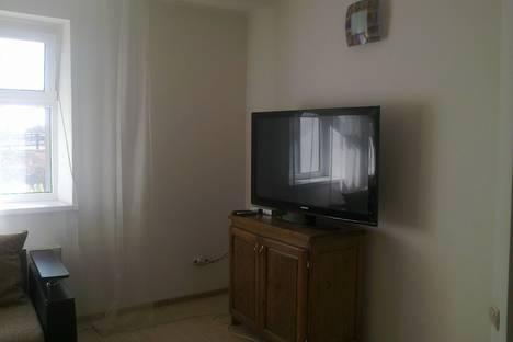 Сдается 2-комнатная квартира посуточнов Астрахани, пл.Ленина,4.