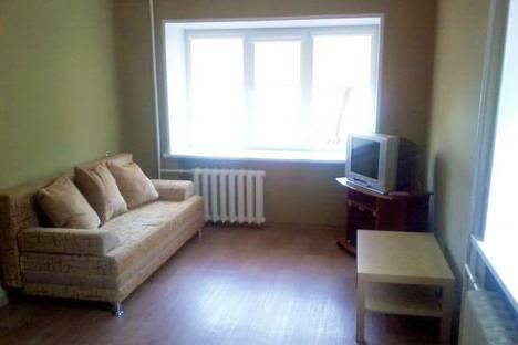 Сдается 2-комнатная квартира посуточно в Нижнем Тагиле, проспект Ленина, 58.
