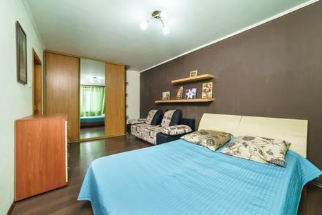 Сдается 5-комнатная квартира посуточно, улица Четаева, 13.