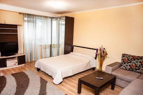 Сдается 1-комнатная квартира посуточно в Новосибирске, дачная 21/5.
