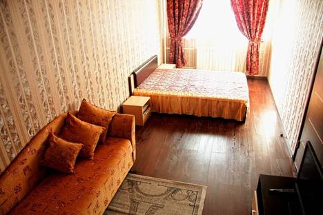 Сдается 1-комнатная квартира посуточно в Балашихе, ул. Ситникова, 8.