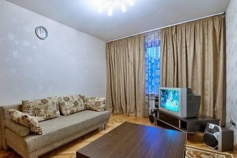 Сдается 1-комнатная квартира посуточнов Верхней Салде, ул. Зари, 7.