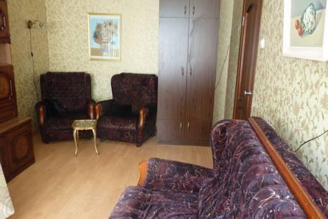 Сдается 1-комнатная квартира посуточно в Санкт-Петербурге, Искровский проспект, 4/2.