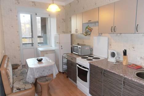 Сдается 1-комнатная квартира посуточнов Санкт-Петербурге, ул. Есенина, д.1.