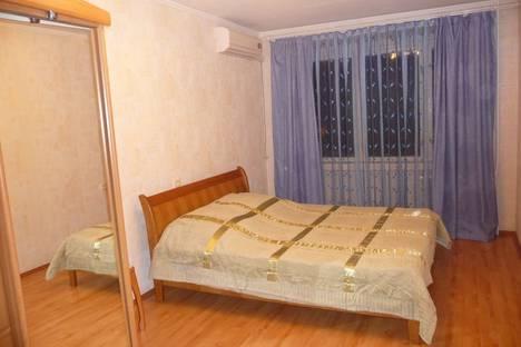 Сдается 2-комнатная квартира посуточнов Сочи, ул. Гагарина, 15.