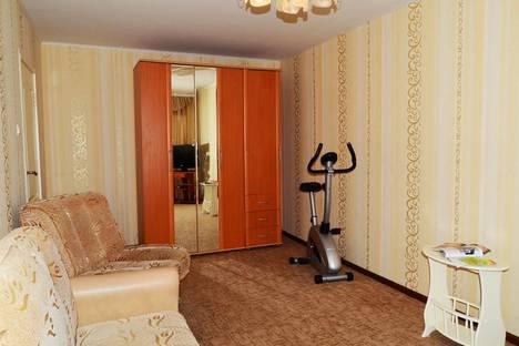 Сдается 2-комнатная квартира посуточно, ул. Фрунзе, 34.