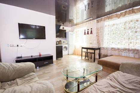 Сдается 1-комнатная квартира посуточно в Хабаровске, Амурский бульвар, 37.