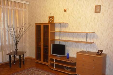 Сдается 1-комнатная квартира посуточно в Старом Осколе, мкр. Степной, д.7.