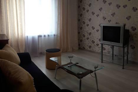Сдается 3-комнатная квартира посуточно в Ижевске, ул. Карла Маркса, 124.