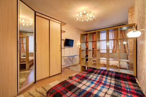 Сдается 1-комнатная квартира посуточнов Санкт-Петербурге, Загребский бульвар, 9.