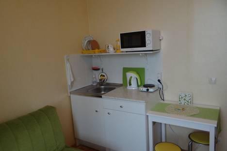 Сдается 2-комнатная квартира посуточно в Подольске, ул. 43-й Армии, 17а.