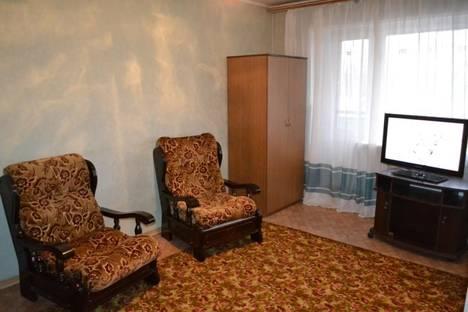 Сдается 1-комнатная квартира посуточнов Минусинске, Советская, 32.