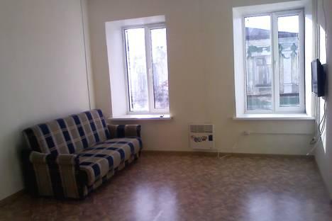 Сдается 2-комнатная квартира посуточно в Павлове, ул. Нижегородская, 5.