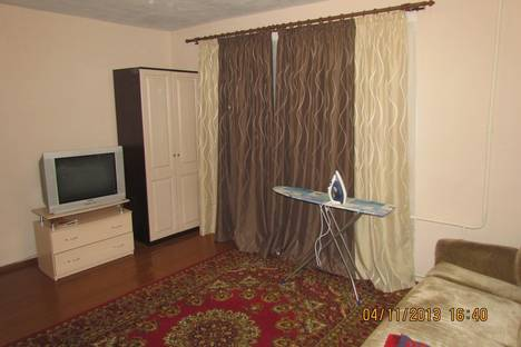 Сдается 1-комнатная квартира посуточнов Кирове, ул. Володарского, 127.