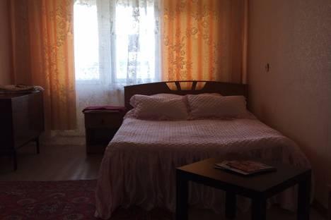 Сдается 2-комнатная квартира посуточнов Новочеркасске, красный спуск 24.