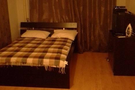 Сдается 1-комнатная квартира посуточнов Омске, ул. Степанца, 10/1.
