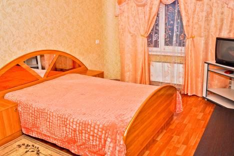Сдается 1-комнатная квартира посуточно в Волжском, проспект имени Ленина, 120а.