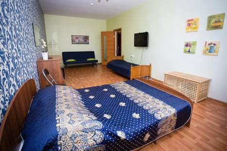 Сдается 1-комнатная квартира посуточнов Краснодаре, Восточно-Кругликовская ул., 46А.