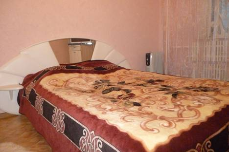 Сдается 1-комнатная квартира посуточно в Старом Осколе, Степной д.7.