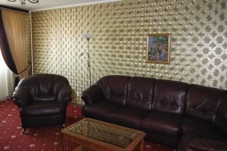 Сдается 2-комнатная квартира посуточно в Краснодаре, ул. Черкасская, 26.