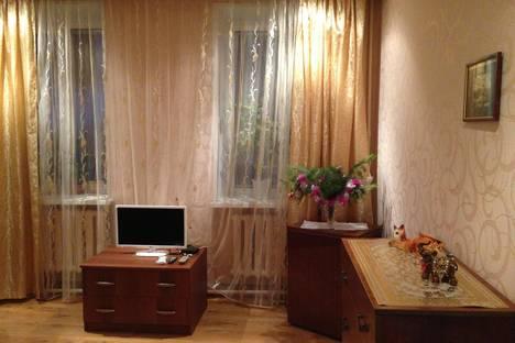 Сдается 1-комнатная квартира посуточно в Великом Устюге, ул. Красноармейская, 18.