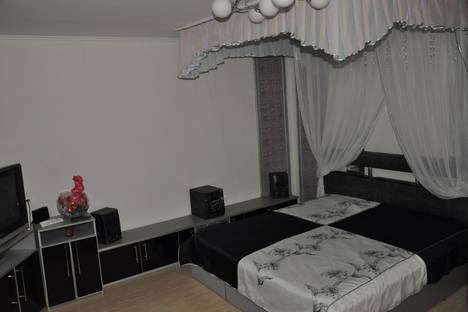Сдается 1-комнатная квартира посуточно, ул. Карла Маркса, 165.