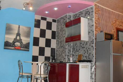 Сдается 1-комнатная квартира посуточно в Серпухове, ул. Калужская, 5 к4.